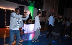 "Homecoming entertains students with casual ""House Party"" theme"