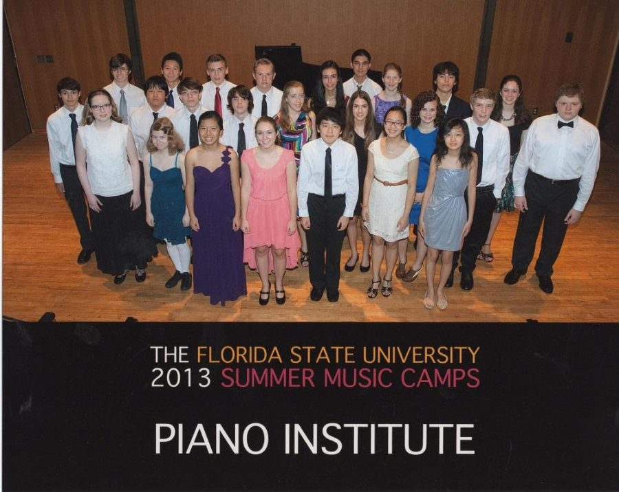 Students+of+the+FSU+Piano+Camp+pose+during+their+final+performance.+