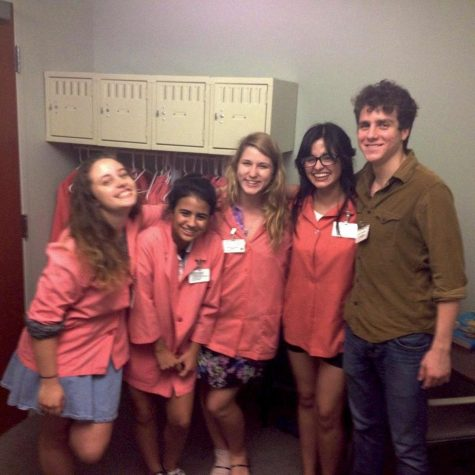 (From left) visual senior Emma Ely, communications senior Isabela Quintero, digitial media senior Meredith Padgett, visual senior Helen Morales and theatre senior Cristofer Carianna volunteer at the nursing home together. Helen has been fortunate enough to have a stable friend group to help her throughout this year.