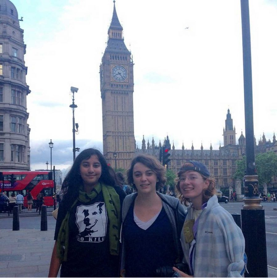 (L-R) Communications juniors Uma Raja, Sam Marshall and Brianna Steidle stand in front of Big Ben in London, England.