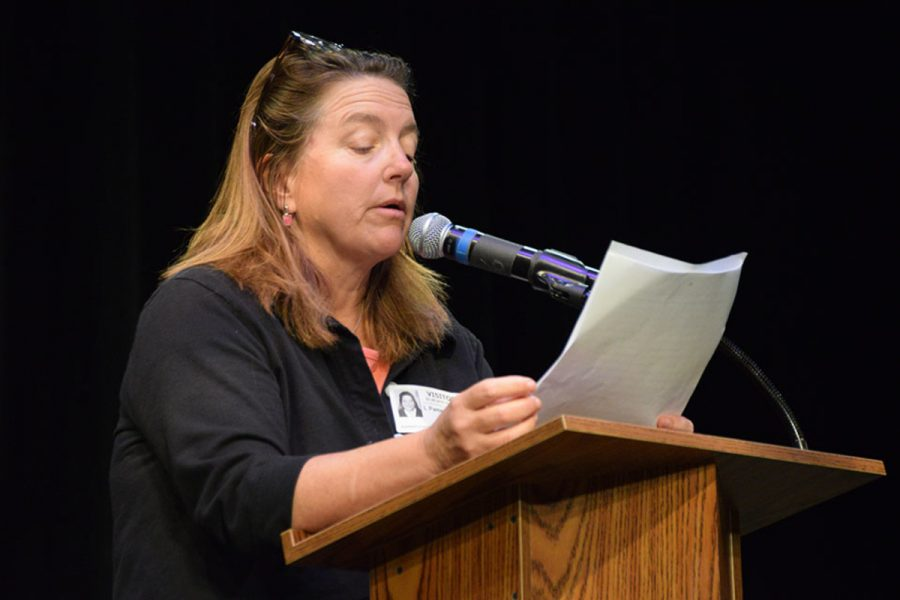 Author Pam Houston speaks to a crowd of English classes and creative writing students in the Brandt Box Theater about her multiple short stories which were published in her novel