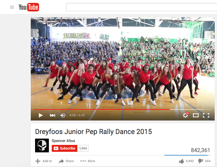 Digital+media+senior+Spencer+Altus%27+video+of+the+class+of+2016%27s+junior+Pep+Rally+Dance+from+the+2015+Pep+Rally+has+gained+over+800%2C000+views+on+YouTube.