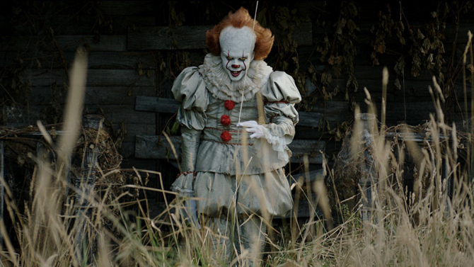Pennywise+the+Dancing+Clown+taunts+the+children+of+Derry%2C+Maine+by+bringing+their+fears+to+life%2C+and+haunts+the+audience+with+it%E2%80%99s+menacing+grin.+