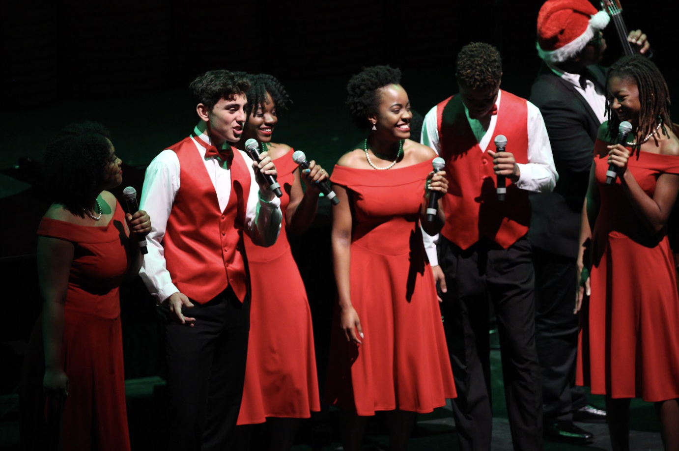 Many of the songs performed throughout the concert were able to create a storyline, with the performers adopting character roles, or expressing the song through choreography.