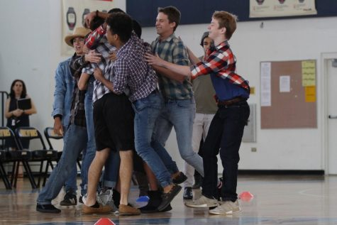 SENIORS SECURE THEIR VICTORY ON MOVIE GENRE DAY