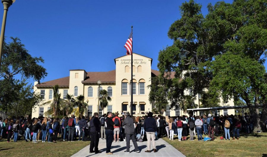 Dreyfoos Holds Day of Action in Honor of Douglas Shooting Victims