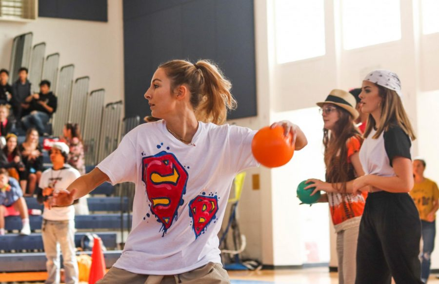 Dodgeball in hand, visual senior Paige Duffack aims for her opponents. Backed up by communications senior Rebecca Nir, Duffack and the Class of 2019 played hard against both the freshman and sophomore classes, but ended up taking fourth place overall.