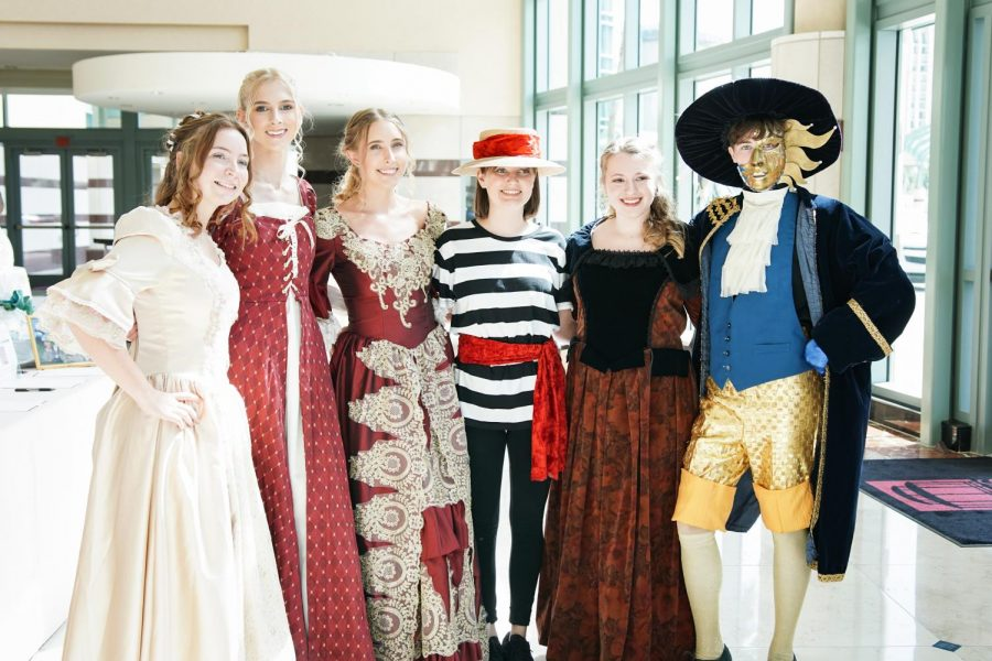 SOAFI HOLDS LUNCHEON TO RAISE FUNDS FOR THE ARTS
