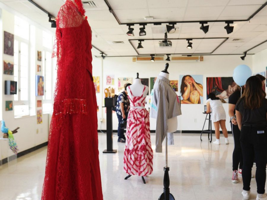 """SALON STYLE"" VISUAL/DIGITAL SUMMER SHOW OPENS FOR SCHOOL COMMUNITY"